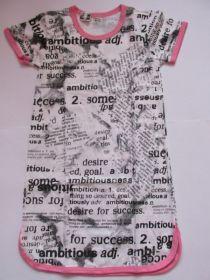 Dívčí noční košile krátký rukáv Text, vel. 140 Smaragd